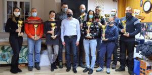 Nagrodzone szkoły Powiatu Wejherowskiego pucharami - zdjęcie tytułowe artykułu