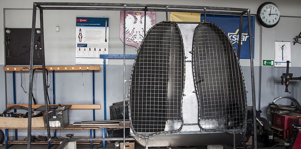 """""""Płuca"""" przygotowane do pomiaru zanieczyszczeń. Efekt pracy uczniów i nauczycieli. Zdjęcie tytułowe artykułu"""